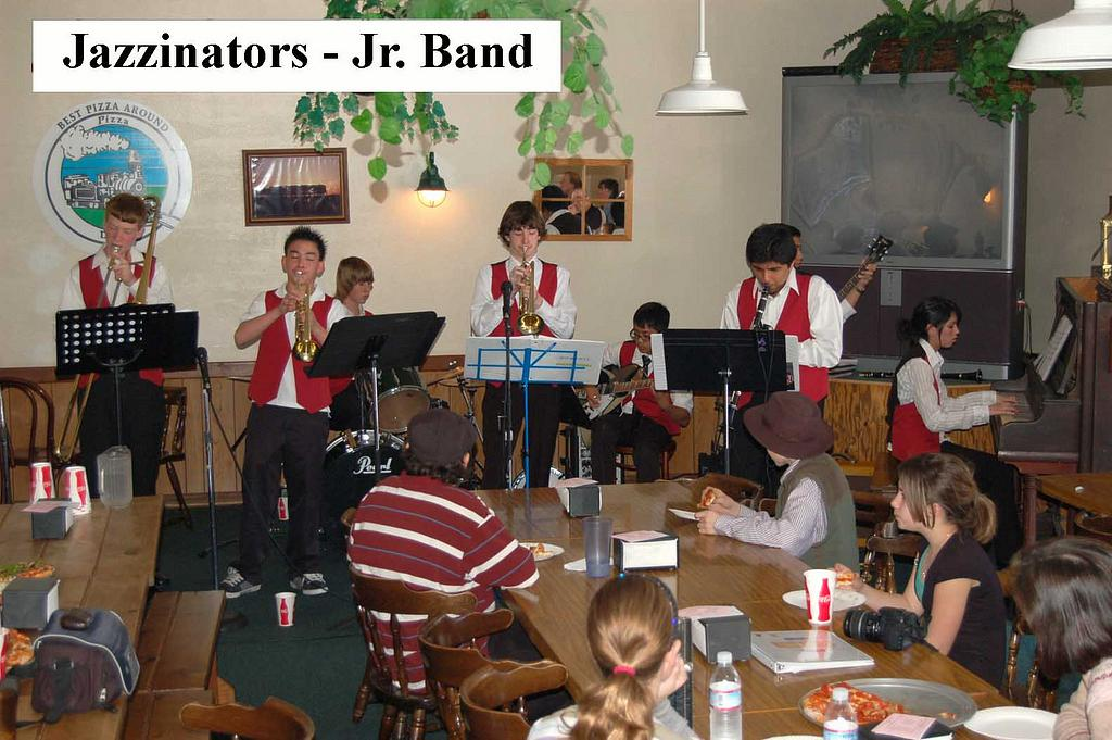Jazzinators Juniors at 2009 Youth Dixieland Festival